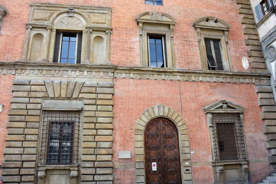 Places to Visit in Florence. - Palazzo Budini
