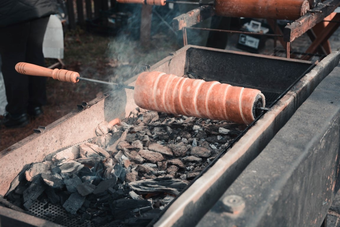 Chimney Cake, unique things to do in Holloko, hungary