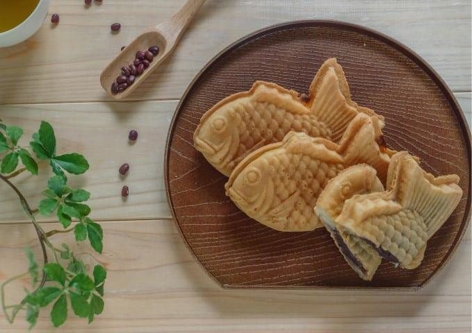 Best Sweet & Savory Japanese Snacks & Drinks to buy Online