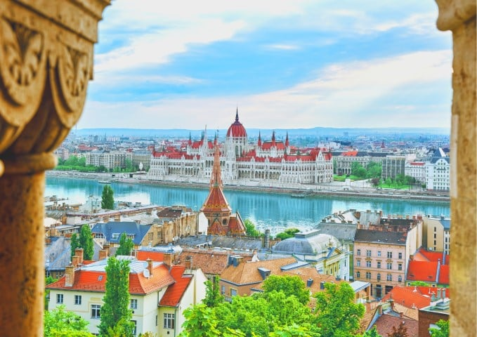 Explore Hungary's capital with our perfect 3 days Budapest itinerary for first timers. Visit must see spots & discover lesser known places.