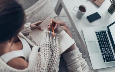 14 Best Creative Writing Masterclass Online Lessons for Bookworms & Writers