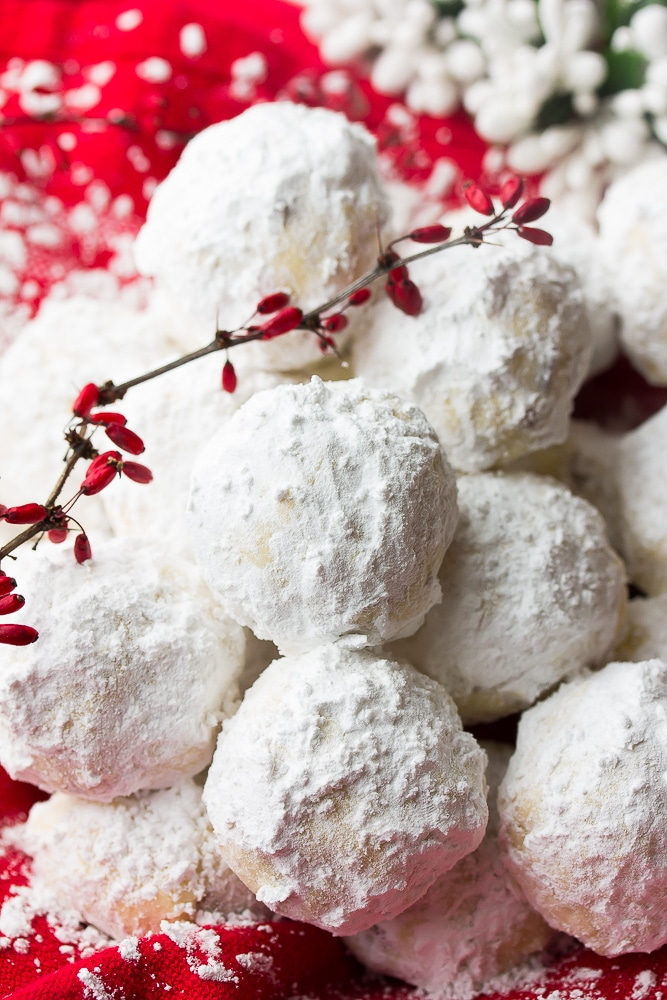 Vegan Snowball Cookies - best easy christmas treats and snacks for beginners