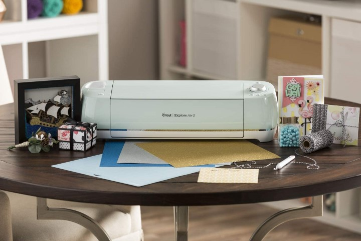Cricut Explore Air 2 - Best Gifts For Crafty Moms (Small)