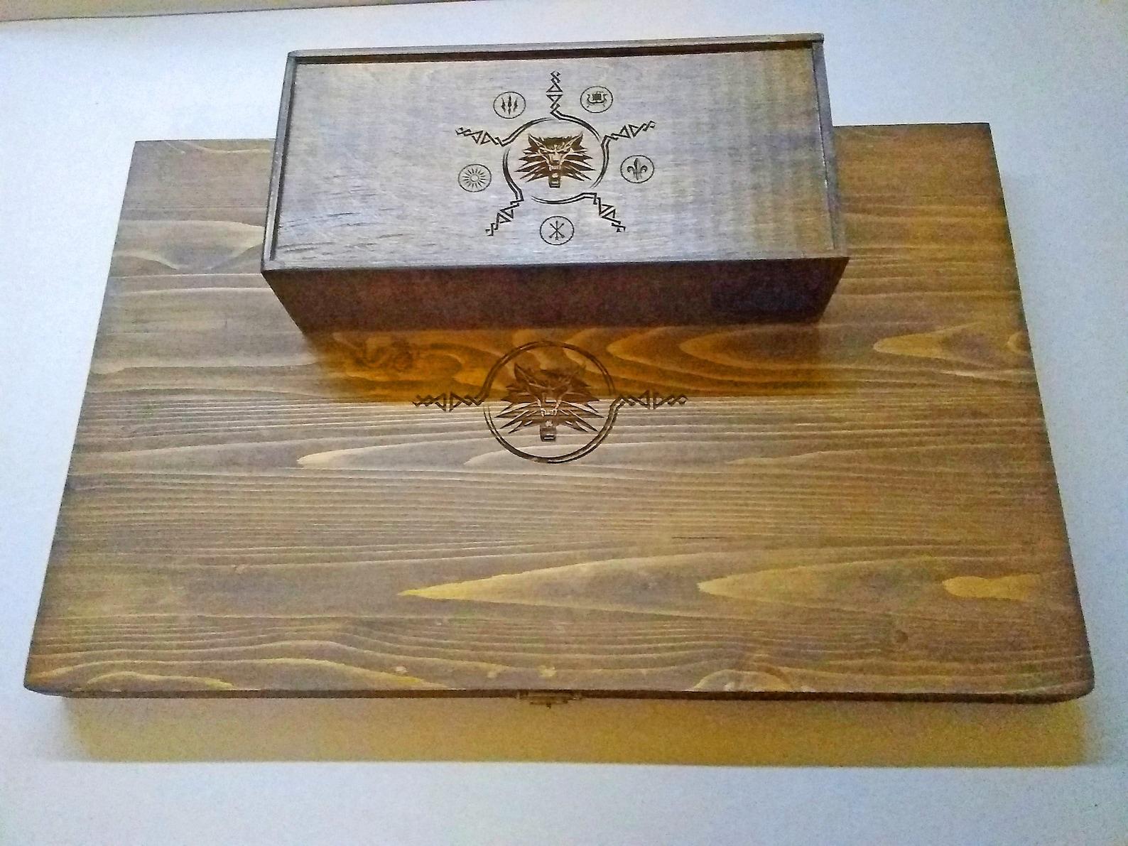 Handmade Wooden Gwent Card Deck Box & Board
