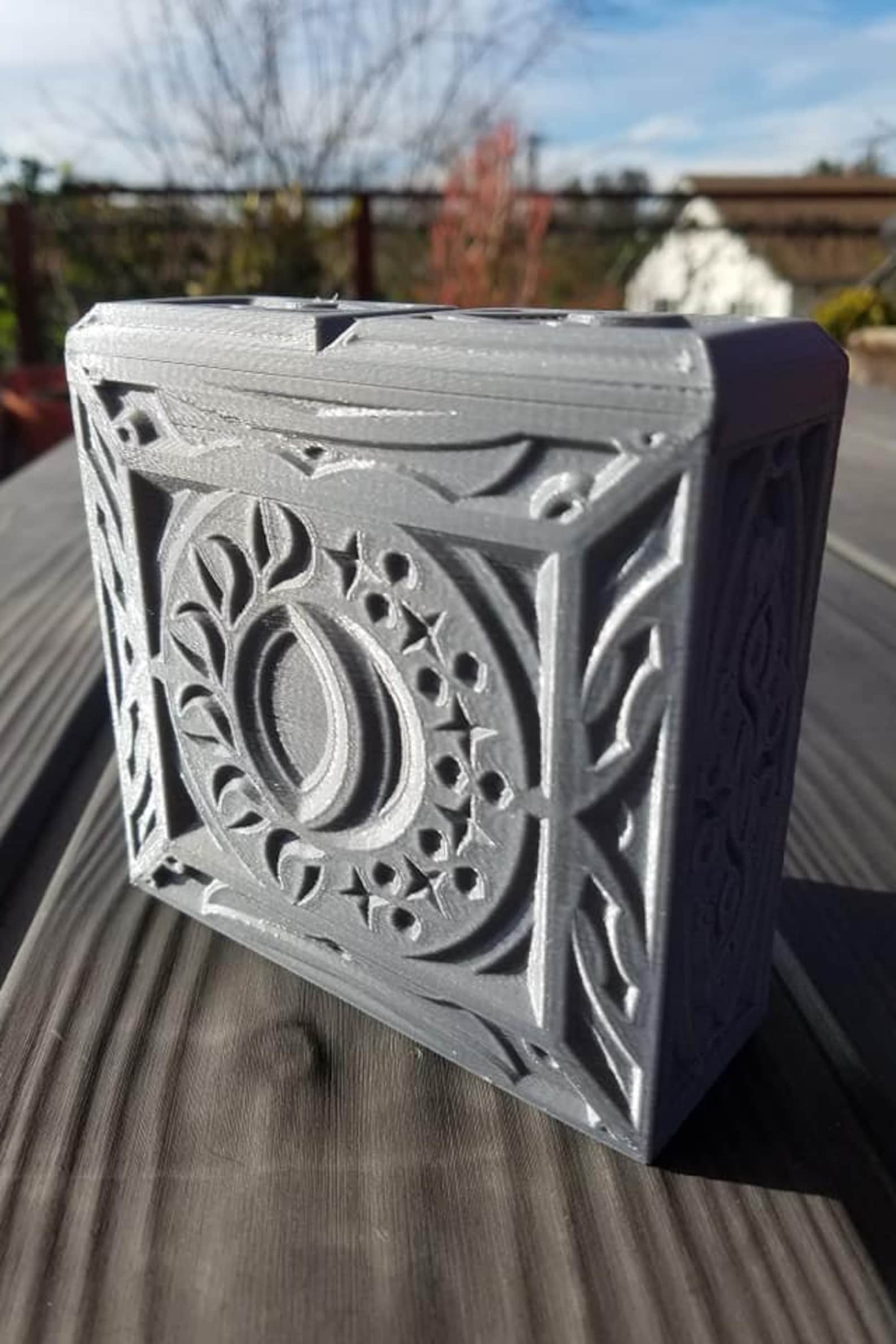 Magic The Gathering Deck and Dice Box - Sun And Moon