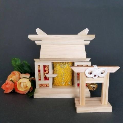Omamori Kamidana with Torii gate - best gift ideas from Japan (Small)