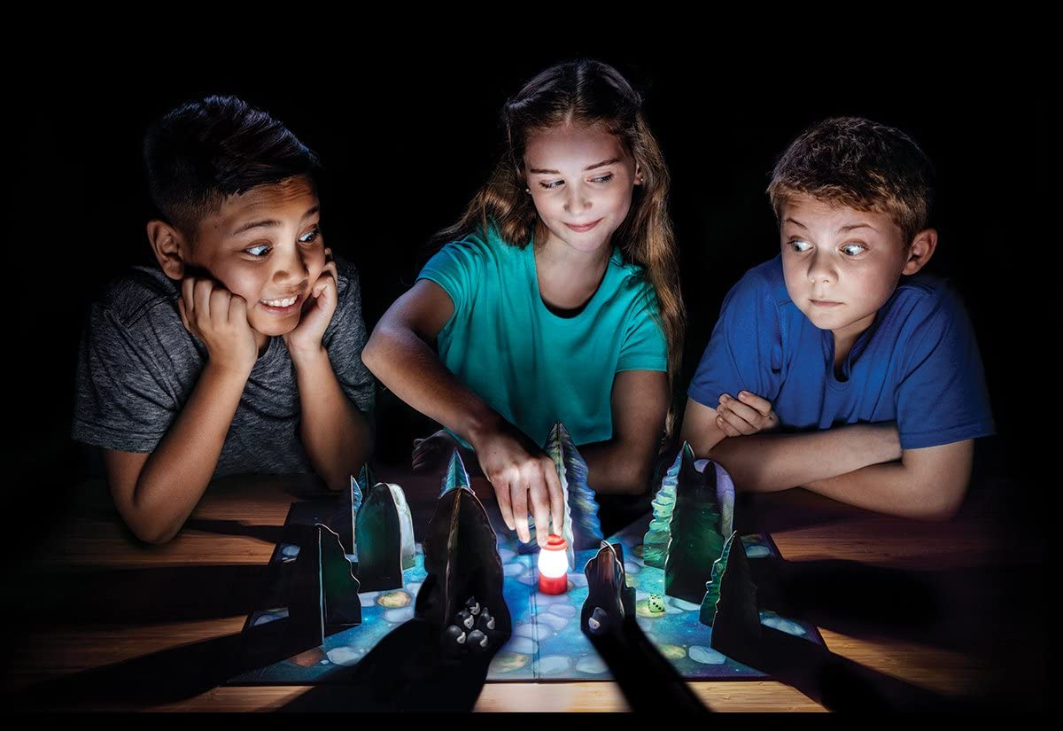 ThinkFun Shadows in the Forest - glow in the dark board game