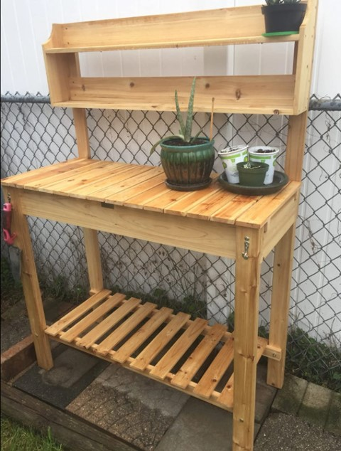 Woodworking Projects That Sell - Outdoor Garden Potting Bench